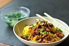 Recipe Mie Ayam Indonesia: The Foods That are Easily Found on The Side of The Road in Indonesia